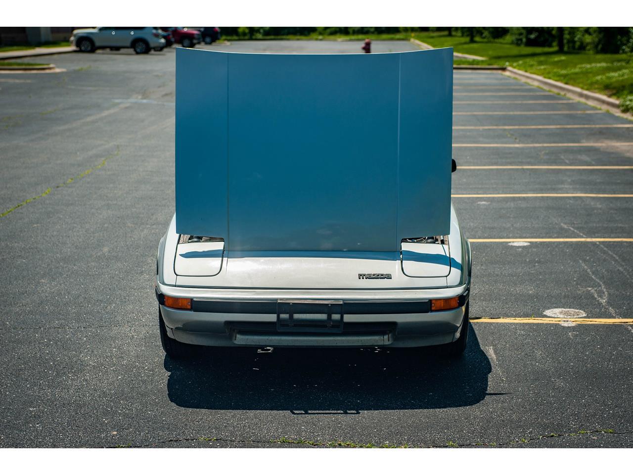 Large Picture of '82 RX-7 located in O'Fallon Illinois - $14,500.00 - QB9V