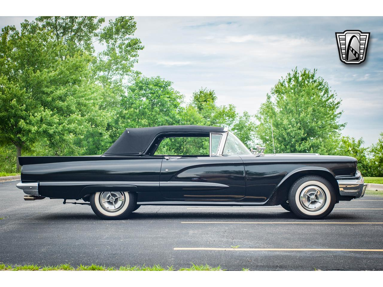 Large Picture of 1960 Ford Thunderbird - $40,500.00 Offered by Gateway Classic Cars - St. Louis - QB9W