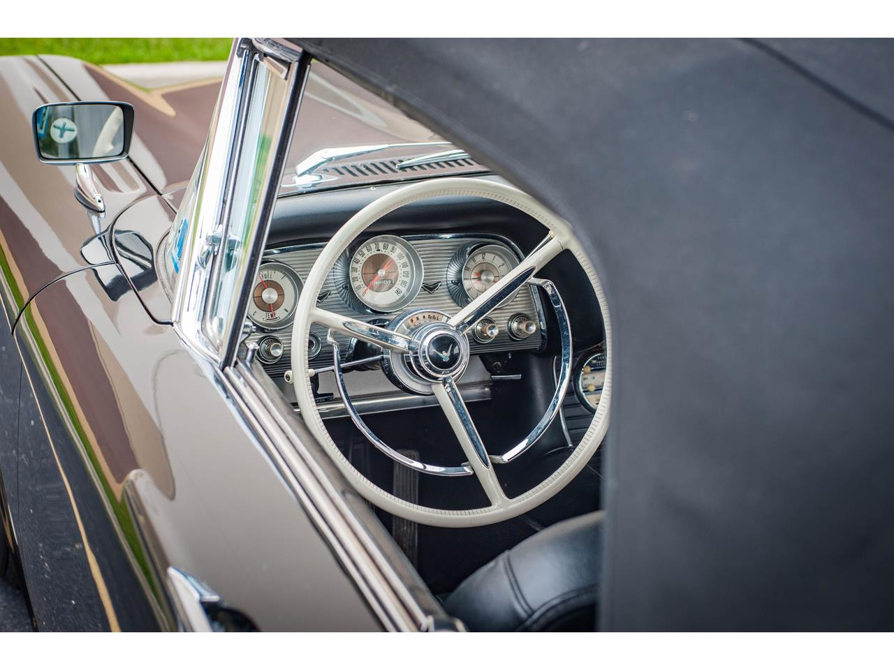 Large Picture of '60 Ford Thunderbird - $40,500.00 - QB9W