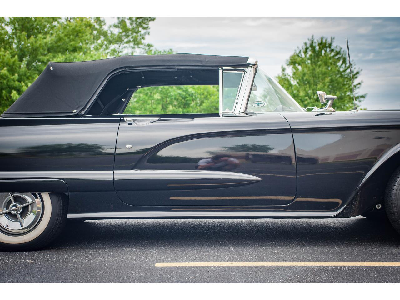 Large Picture of 1960 Thunderbird located in Illinois Offered by Gateway Classic Cars - St. Louis - QB9W