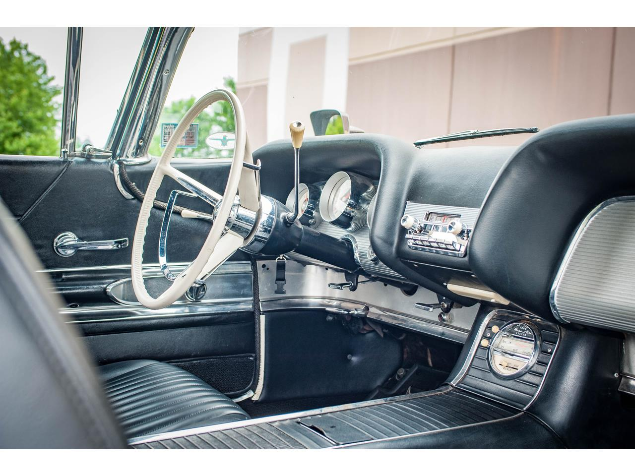 Large Picture of 1960 Ford Thunderbird - $40,500.00 - QB9W