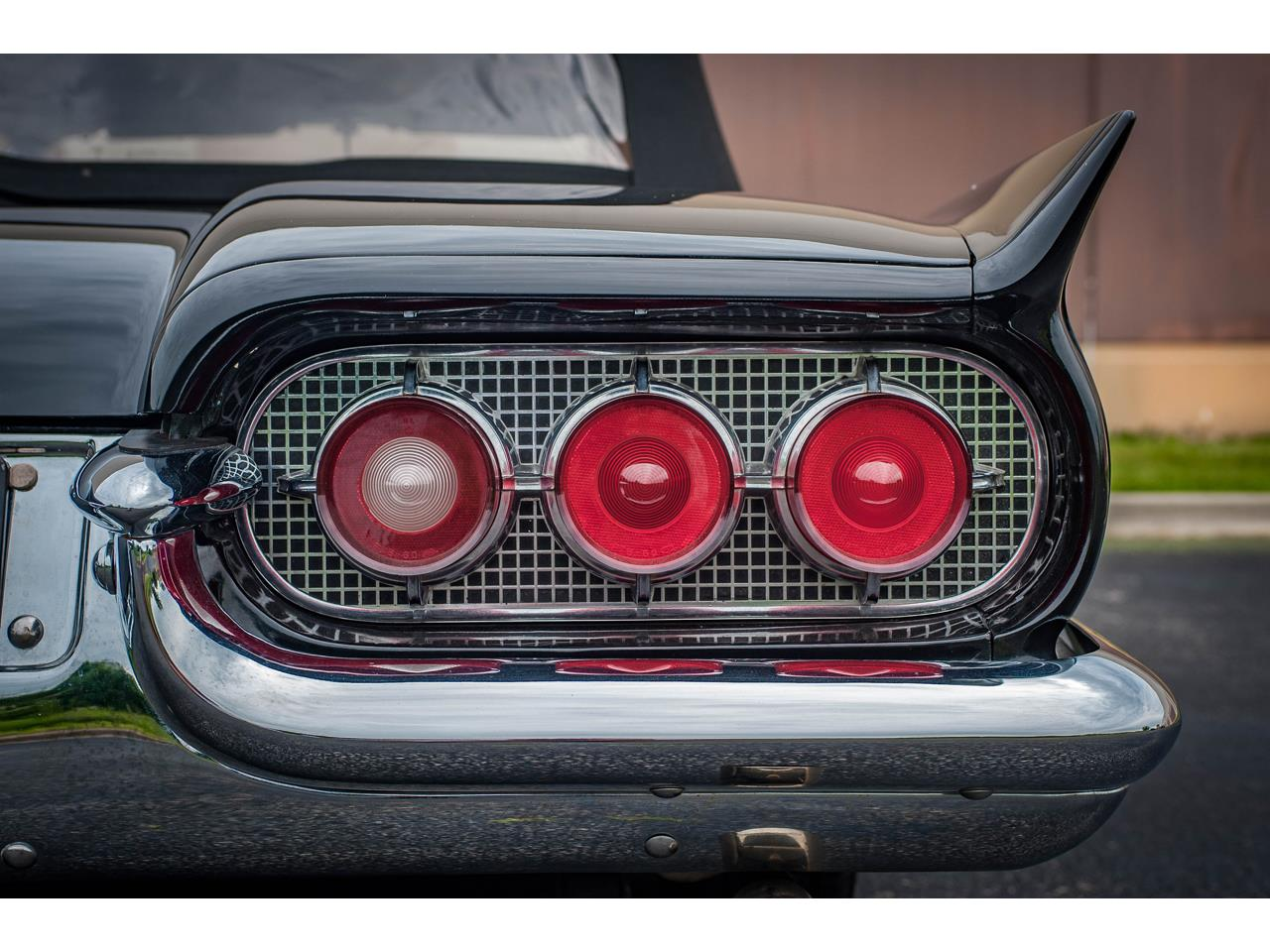 Large Picture of '60 Thunderbird located in O'Fallon Illinois - $40,500.00 Offered by Gateway Classic Cars - St. Louis - QB9W