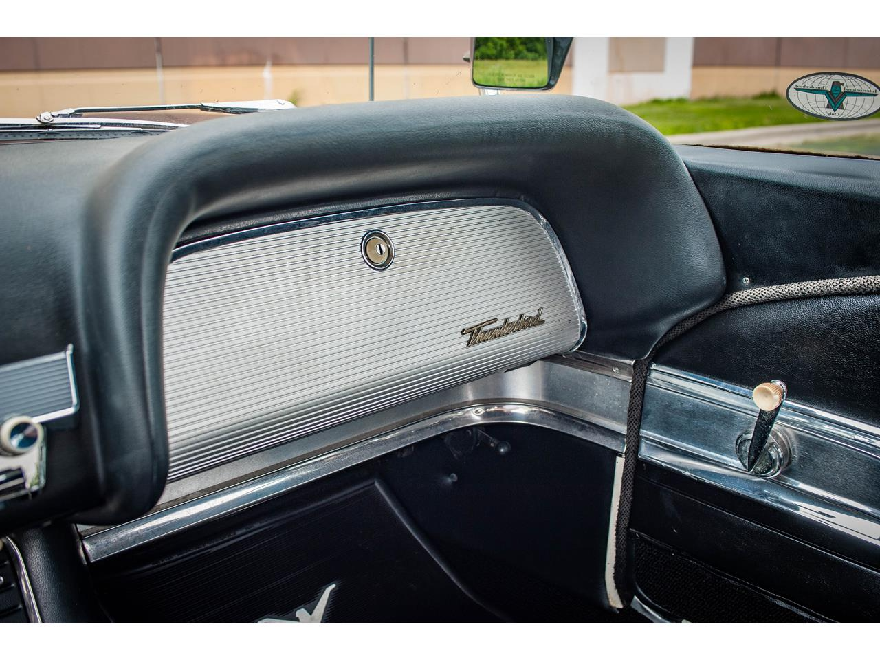 Large Picture of 1960 Ford Thunderbird located in O'Fallon Illinois - $40,500.00 Offered by Gateway Classic Cars - St. Louis - QB9W