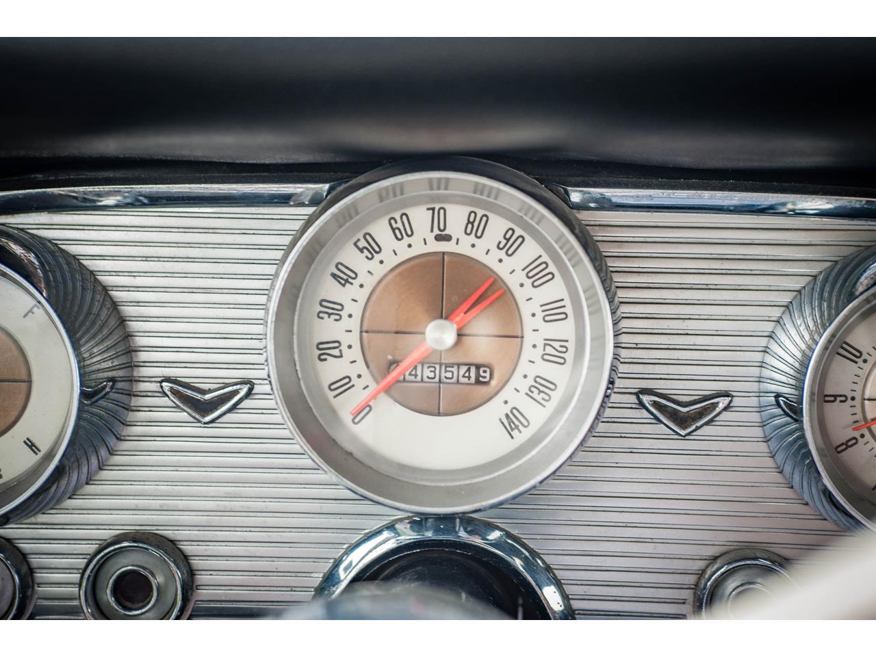 Large Picture of '60 Thunderbird located in O'Fallon Illinois - $40,500.00 - QB9W