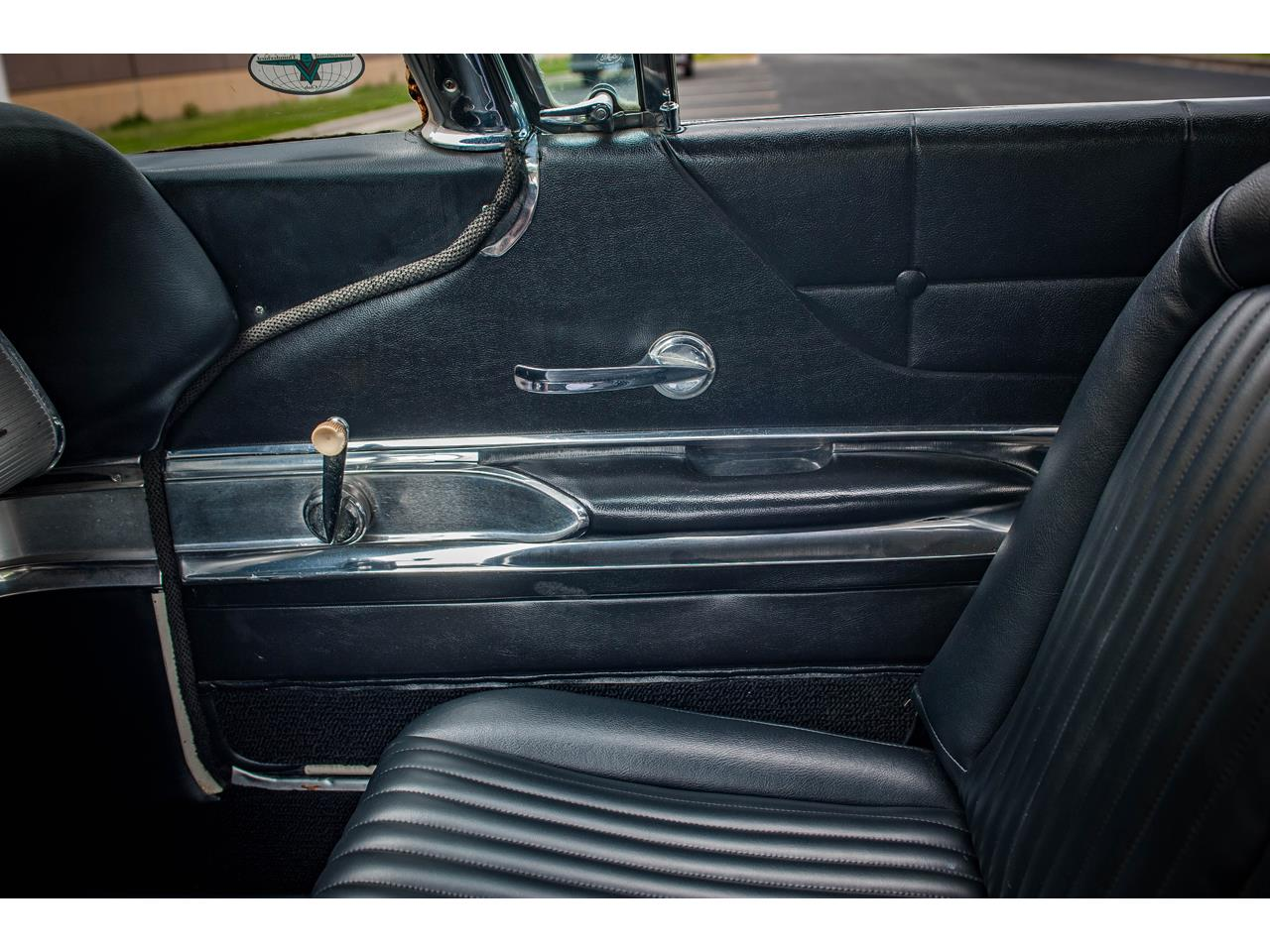 Large Picture of '60 Thunderbird Offered by Gateway Classic Cars - St. Louis - QB9W