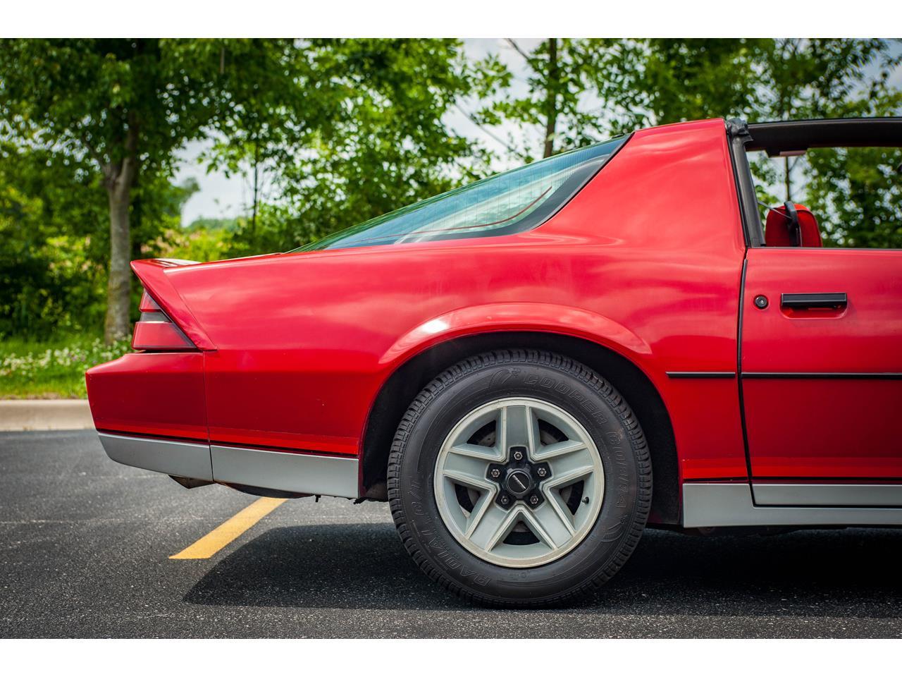Large Picture of 1984 Camaro - QB9Y