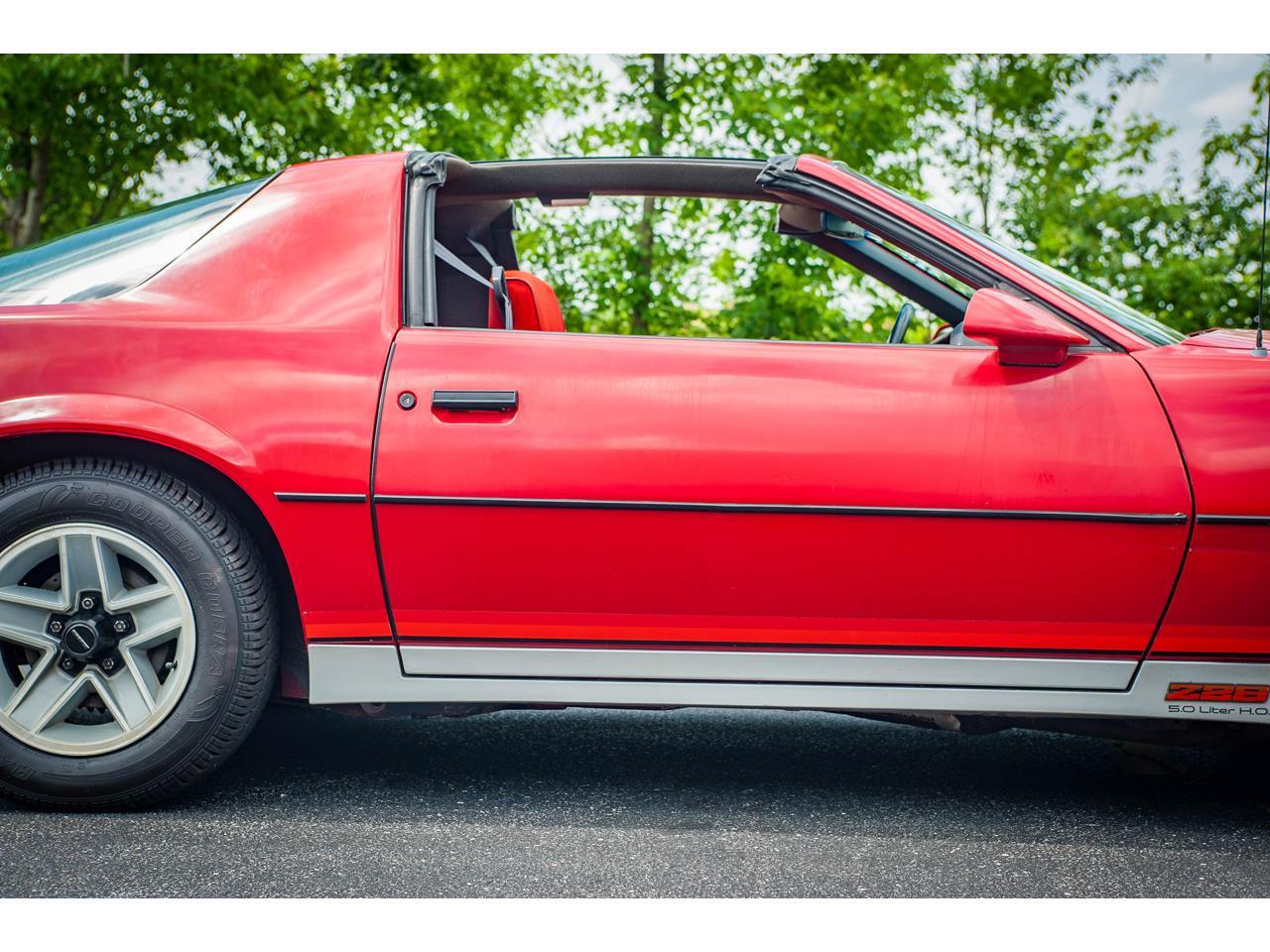 Large Picture of '84 Camaro located in Illinois - $9,500.00 - QB9Y