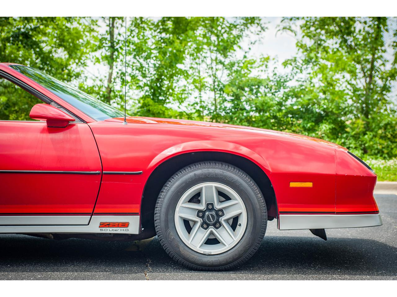 Large Picture of '84 Chevrolet Camaro located in O'Fallon Illinois Offered by Gateway Classic Cars - St. Louis - QB9Y