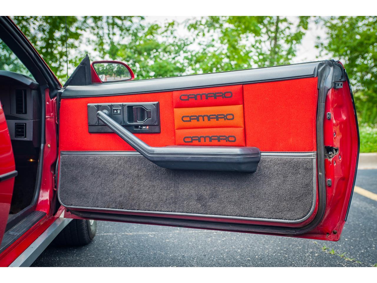 Large Picture of '84 Camaro - QB9Y