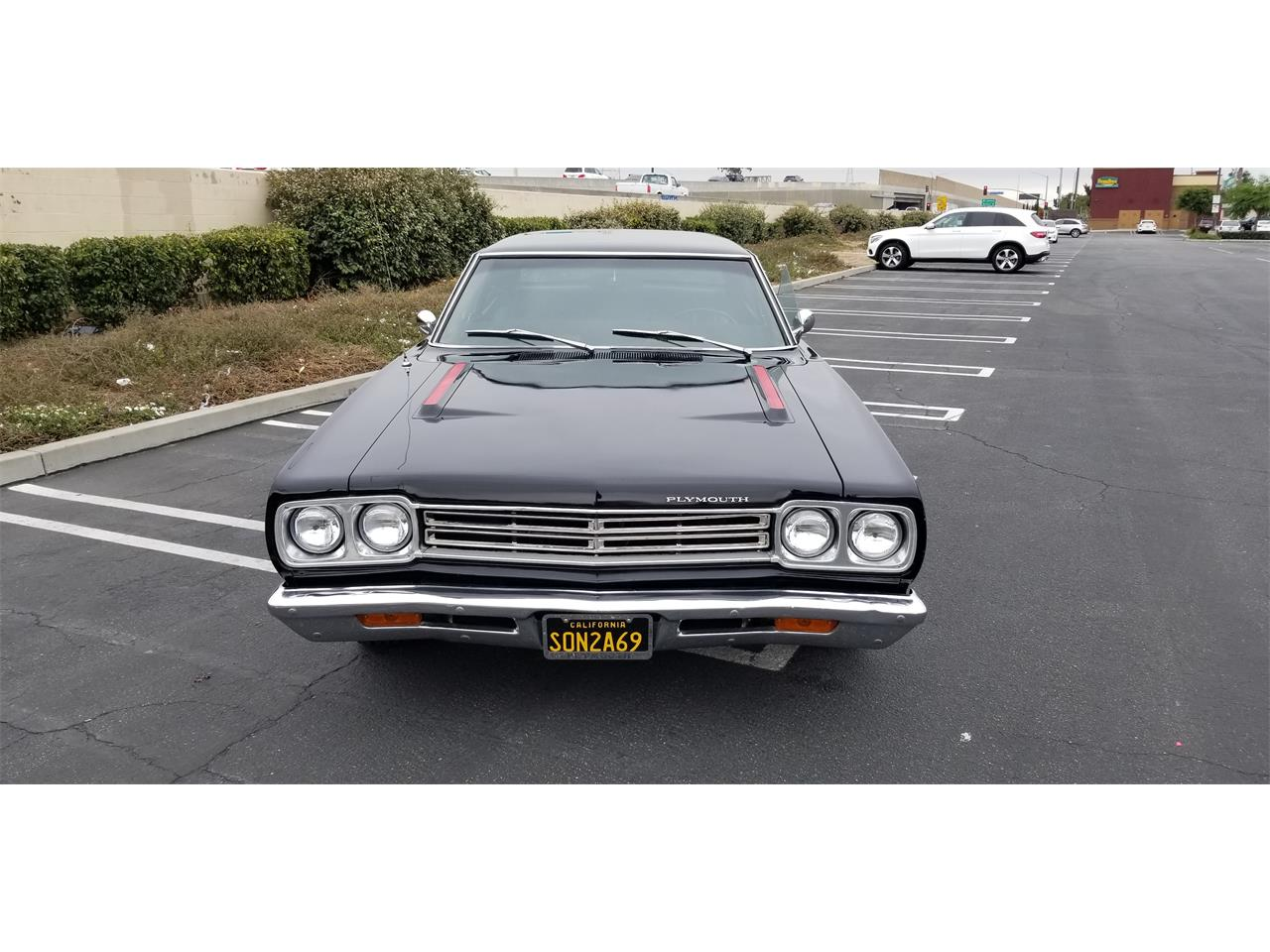 Large Picture of Classic 1969 Plymouth Road Runner - QBA1