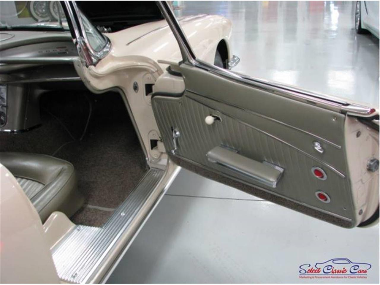 Large Picture of '62 Corvette - QBDD