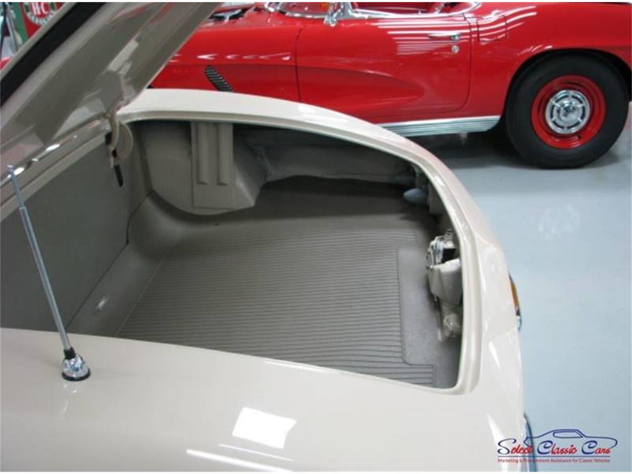 Large Picture of Classic 1962 Chevrolet Corvette located in Hiram Georgia Offered by Select Classic Cars - QBDD