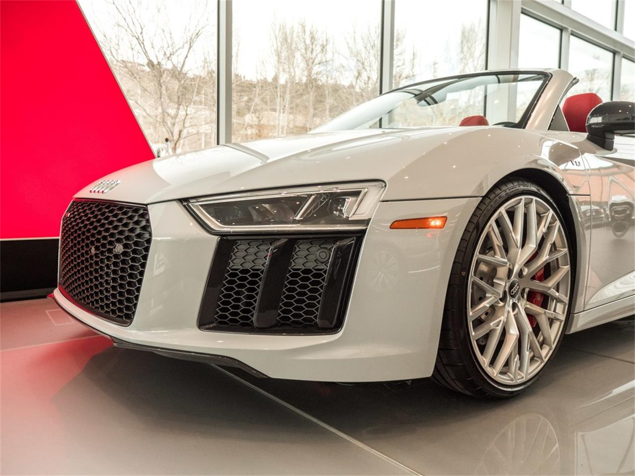 Large Picture of '18 R8 - QBED