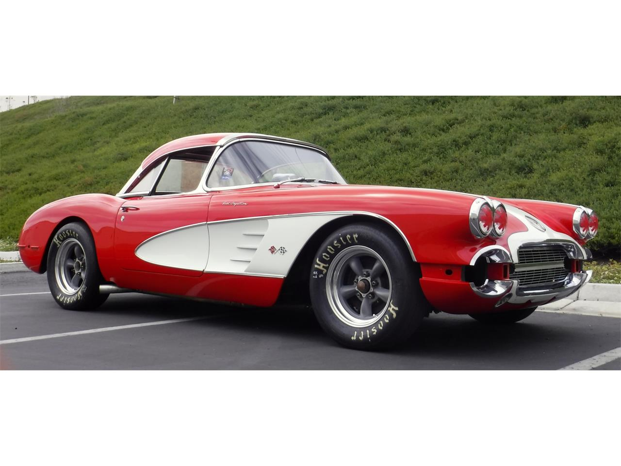 Large Picture of '60 Corvette - QBEE