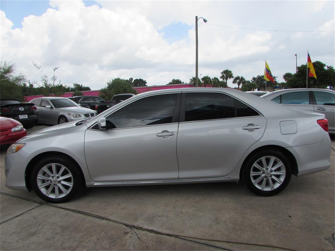 Large Picture of 2012 Toyota Camry - $10,500.00 Offered by Auto Express - QBF0