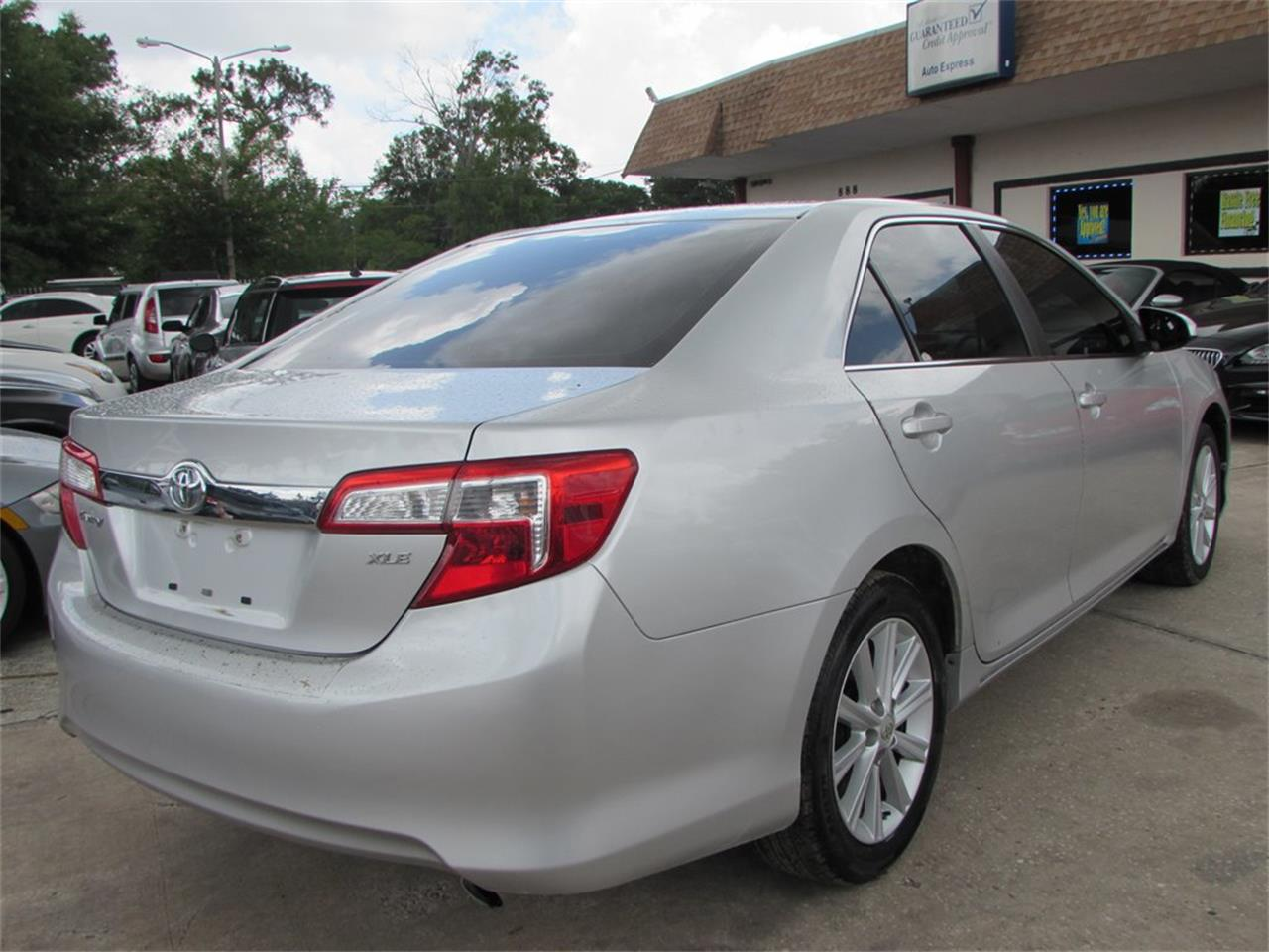 Large Picture of 2012 Toyota Camry - $9,500.00 - QBF0