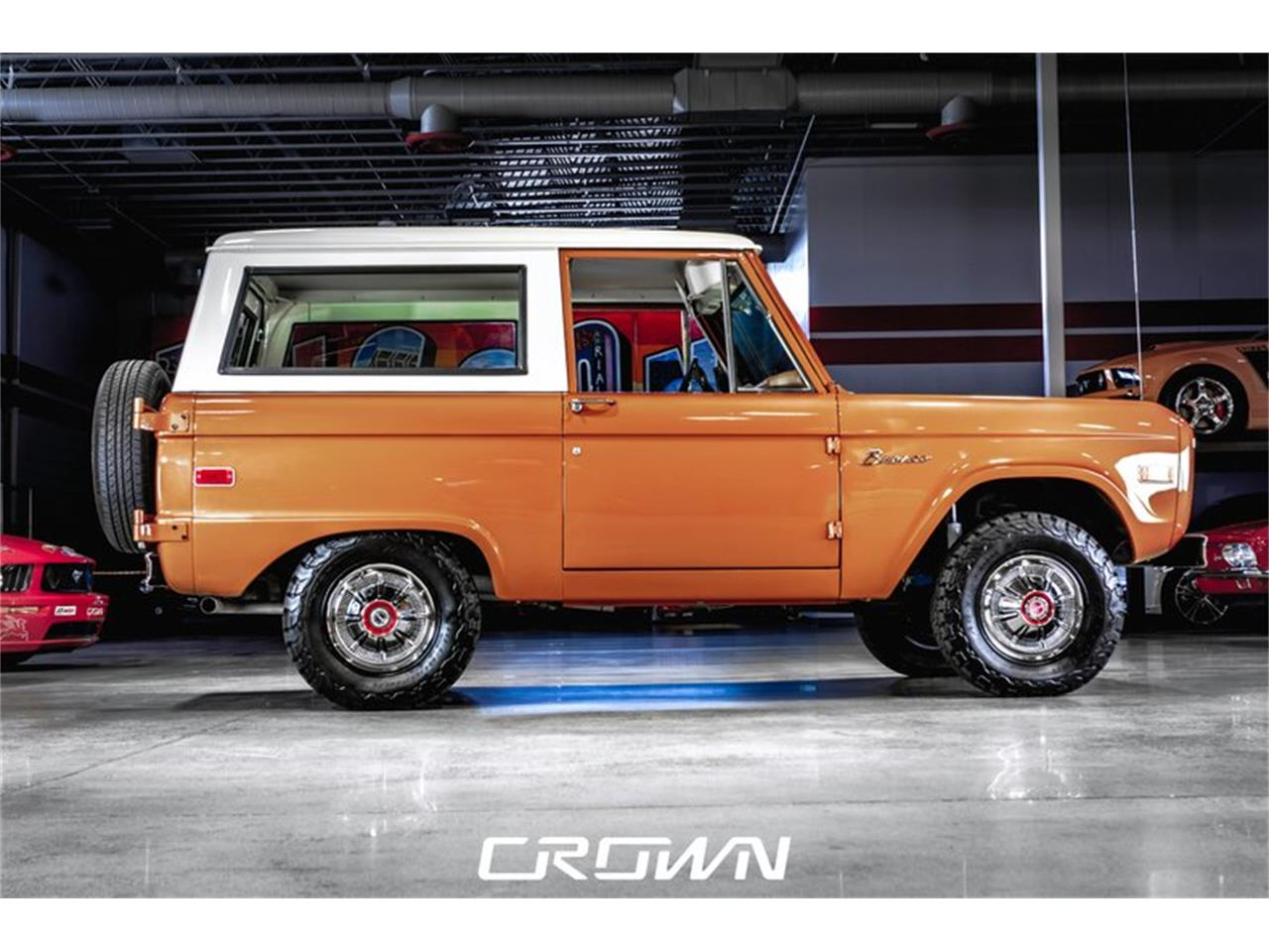 Large Picture of '75 Bronco - $49,929.00 - QBHB