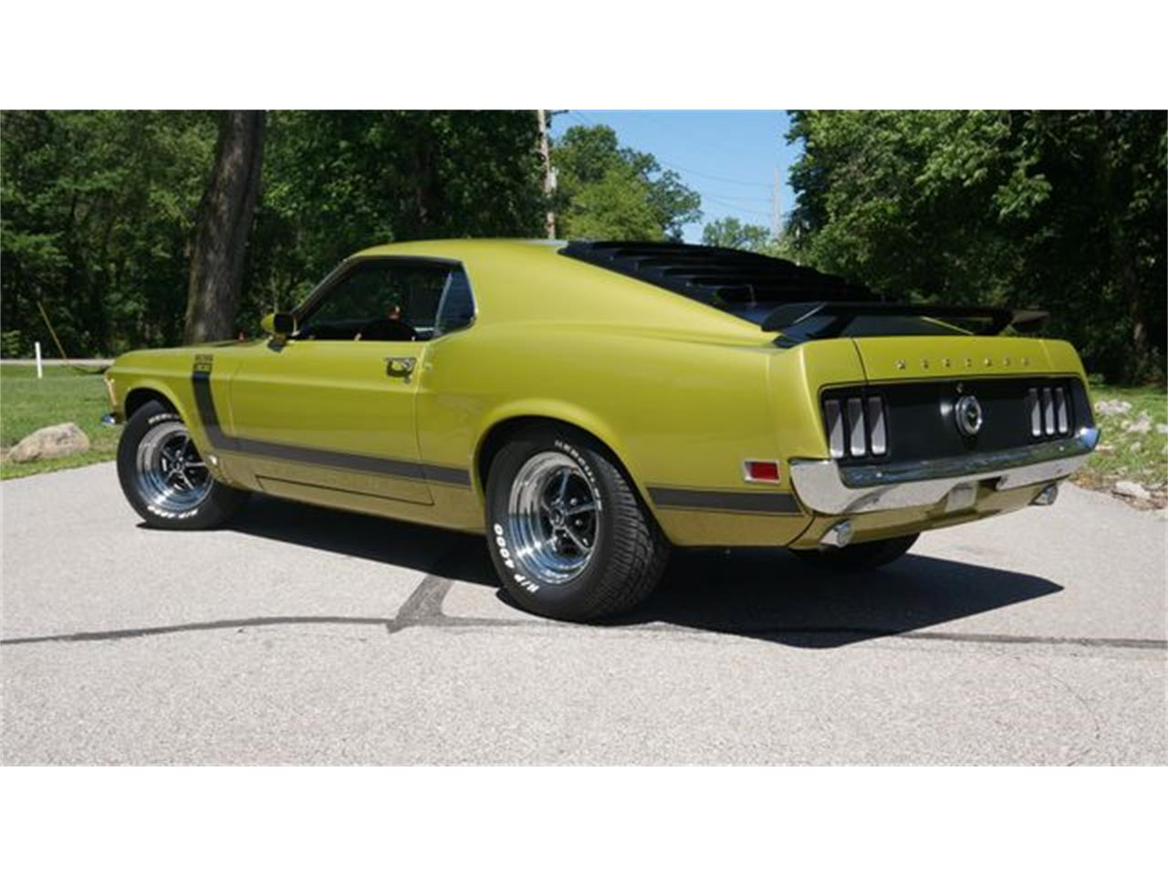 Large Picture of Classic 1970 Ford Mustang located in Valley Park Missouri - QBHF