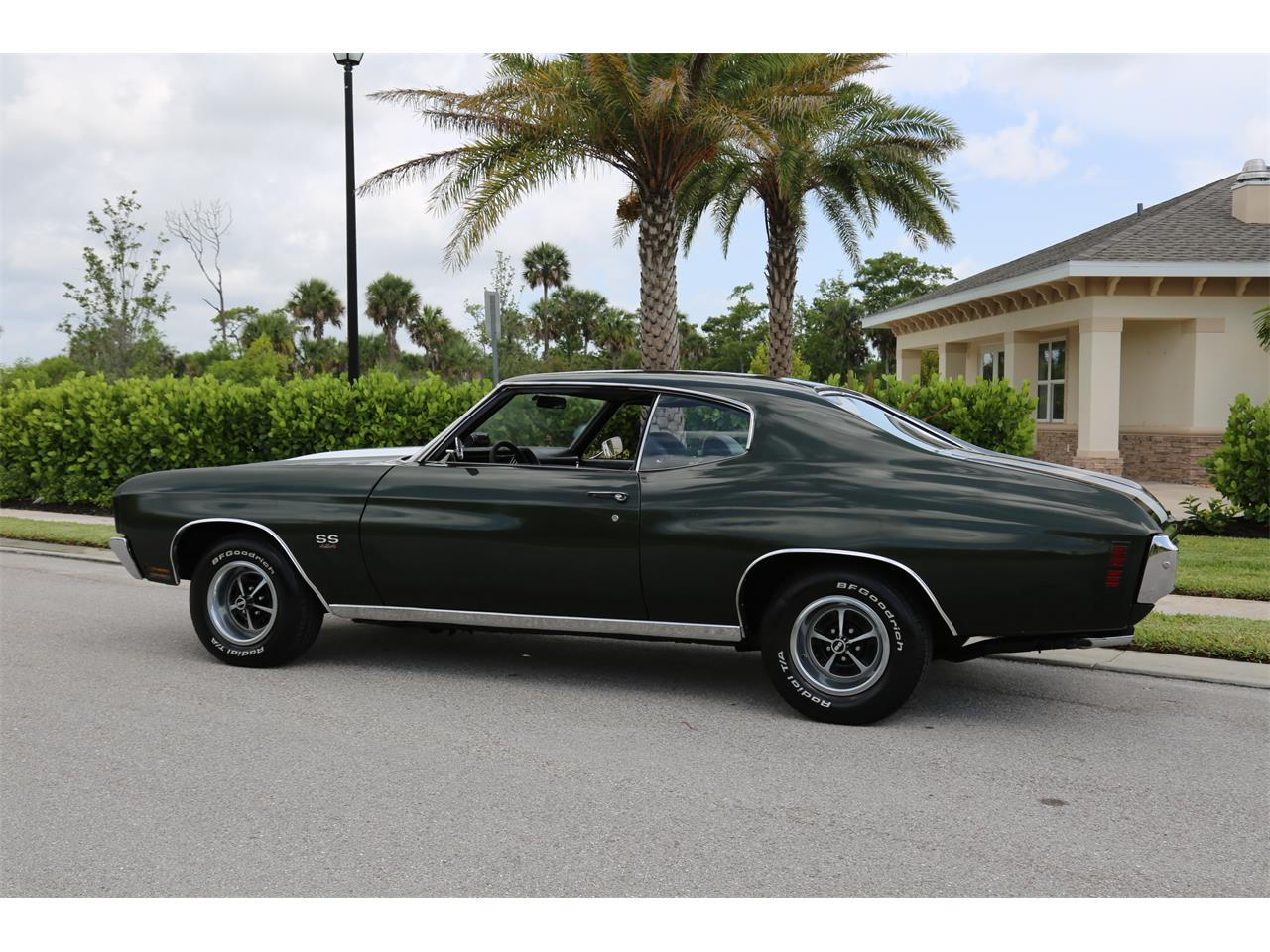 Large Picture of '70 Chevelle SS - QBHV