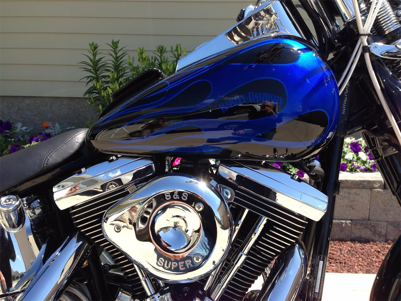 Large Picture of '96 Harley-Davidson Motorcycle located in Saskatchewan Offered by a Private Seller - QBI5