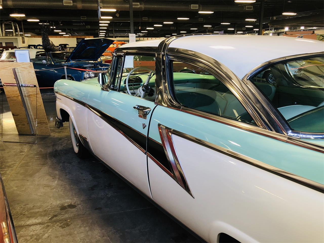 Large Picture of '55 Crown Victoria - QBIC