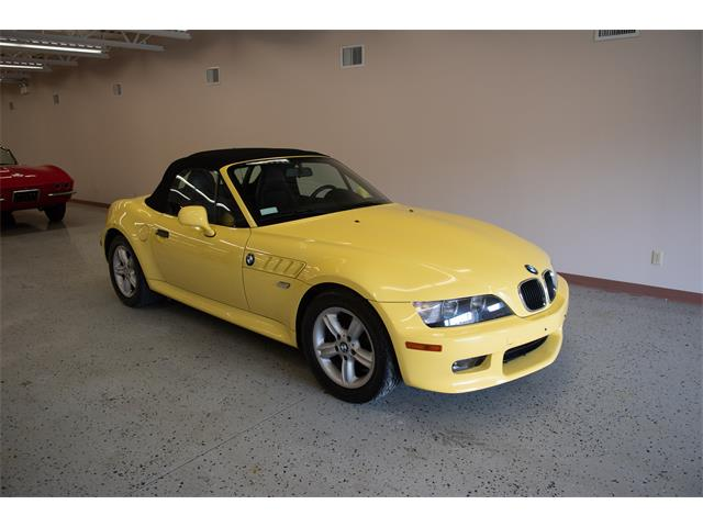 Picture of 2000 Z3 located in SUDBURY Ontario Offered by  - QBIF