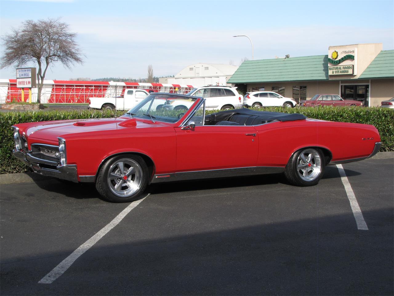 Large Picture of '67 GTO - QBJJ