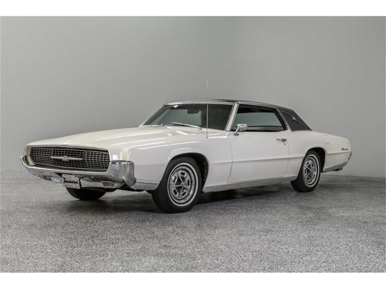 Large Picture of '67 Ford Thunderbird - QBO9