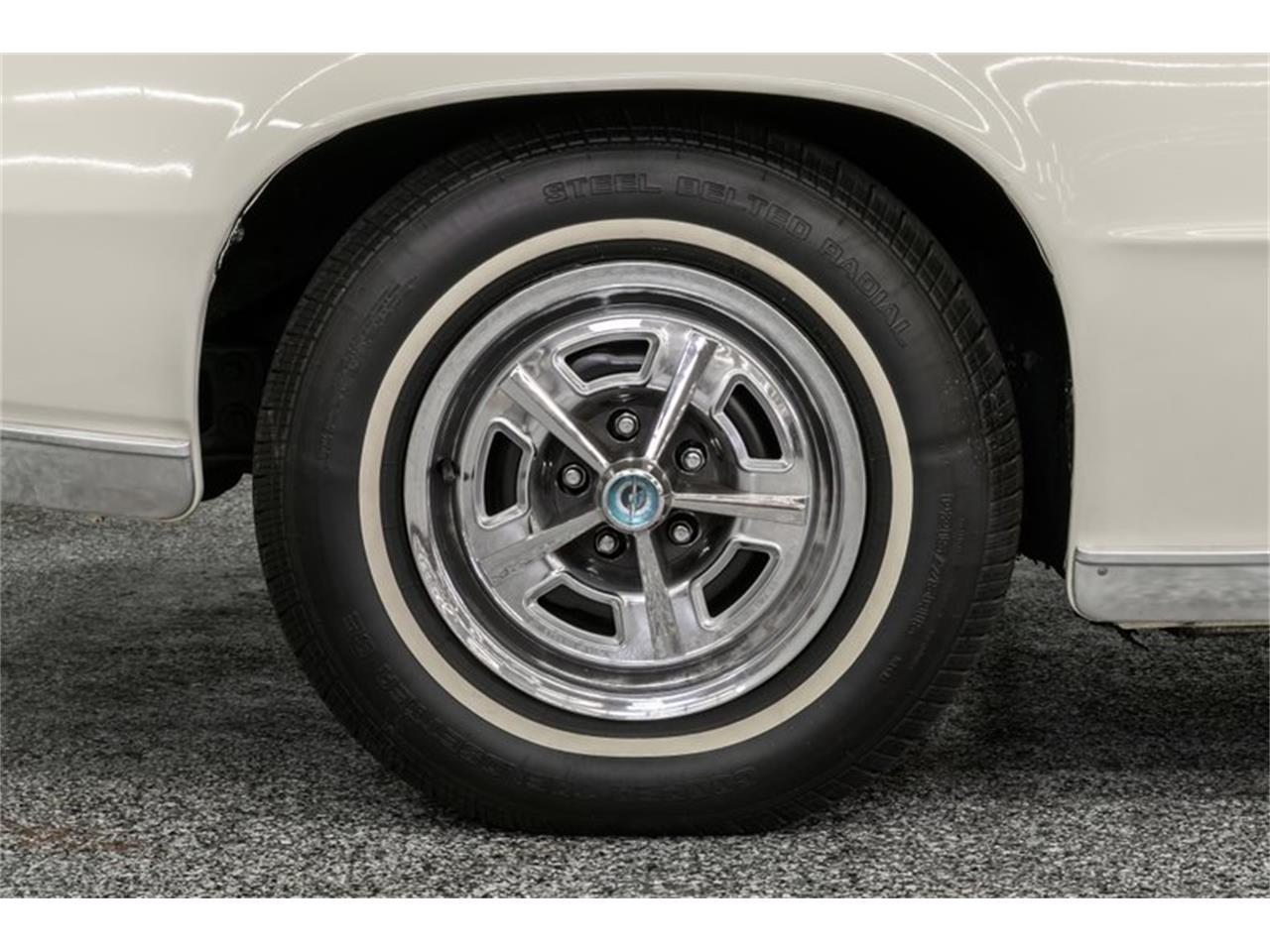 Large Picture of Classic '67 Ford Thunderbird - $18,995.00 - QBO9