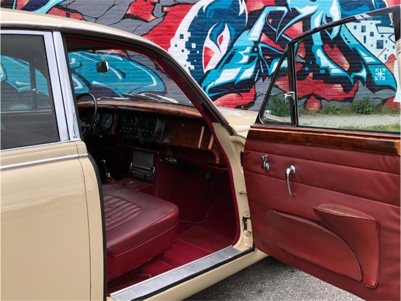 Large Picture of '67 Mark II - Q5F6