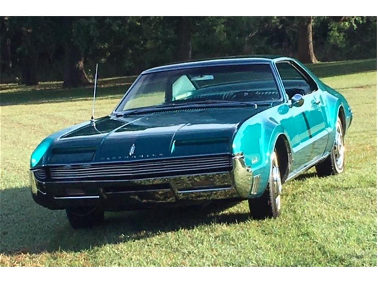 Large Picture of '66 Toronado - QBT7