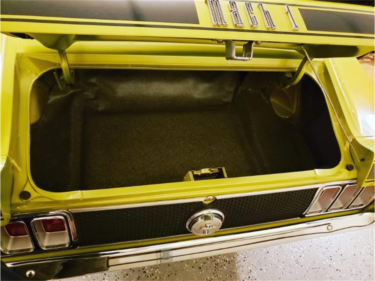 Large Picture of '70 Mustang - QBY2