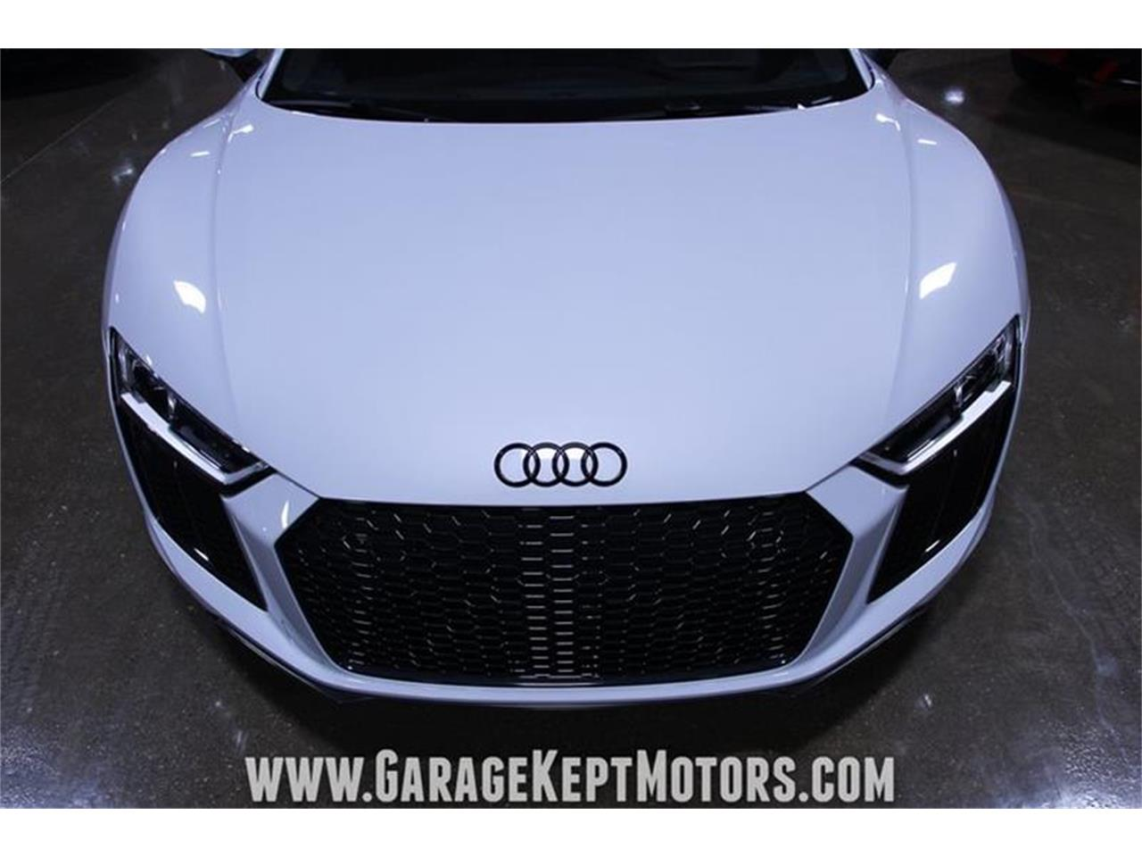 Large Picture of '17 R8 located in Michigan - QBYC