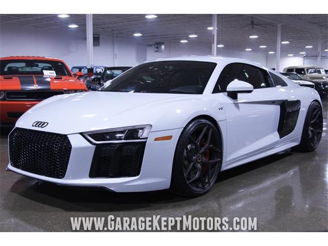 Picture of '17 R8 - QBYC