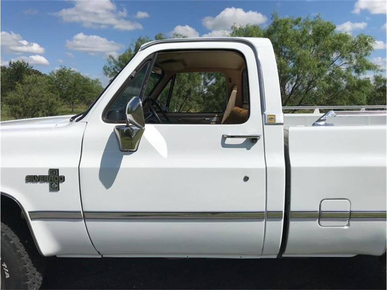 Large Picture of '87 C10 - QC2F