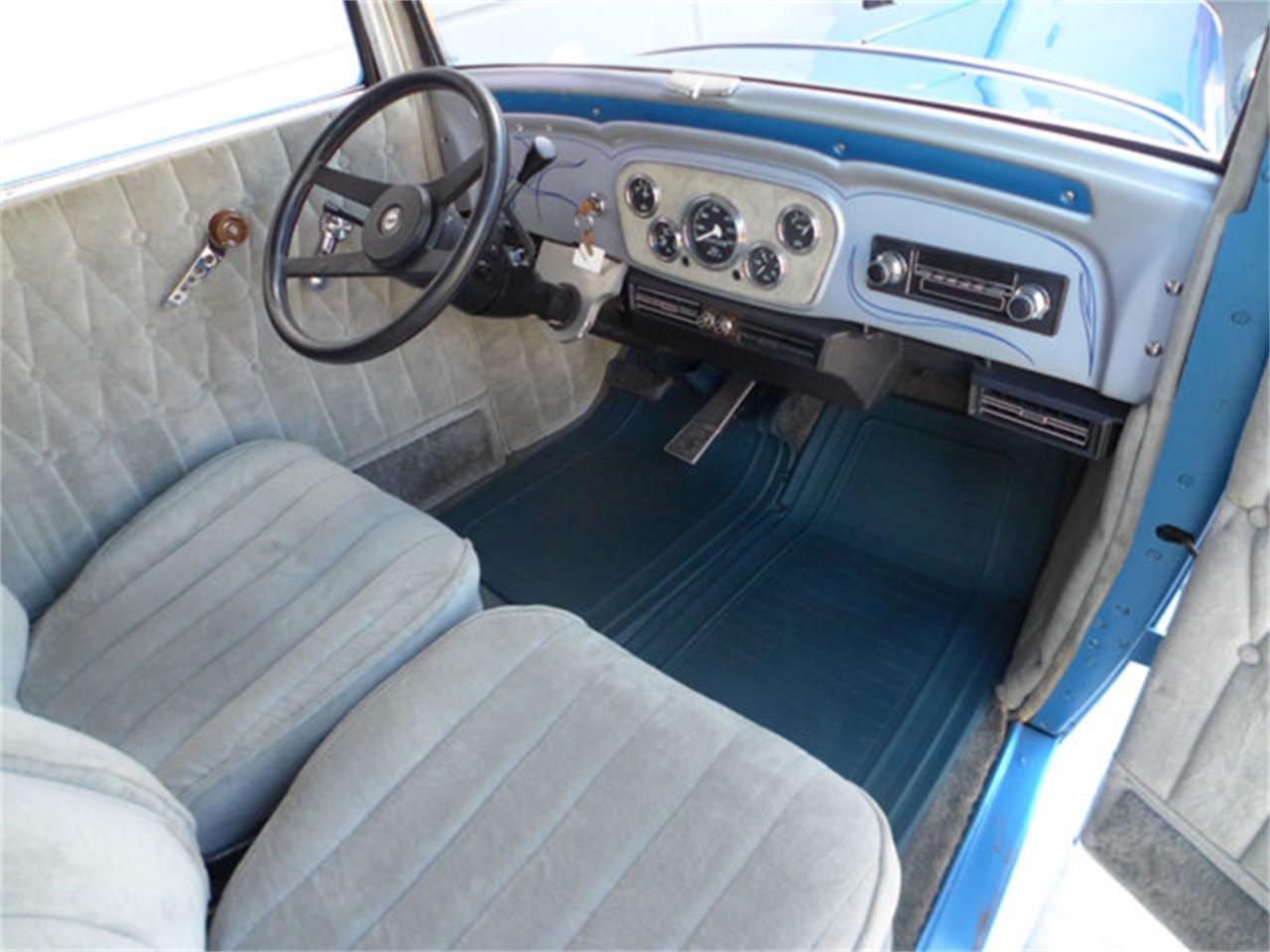 Large Picture of '32 Sedan - Q612