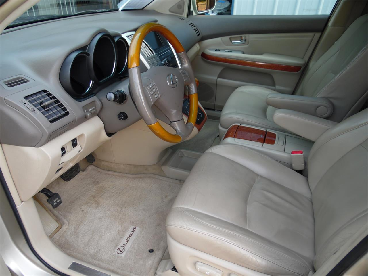 Large Picture of 2005 Lexus RX330 located in Kentucky - QC3R