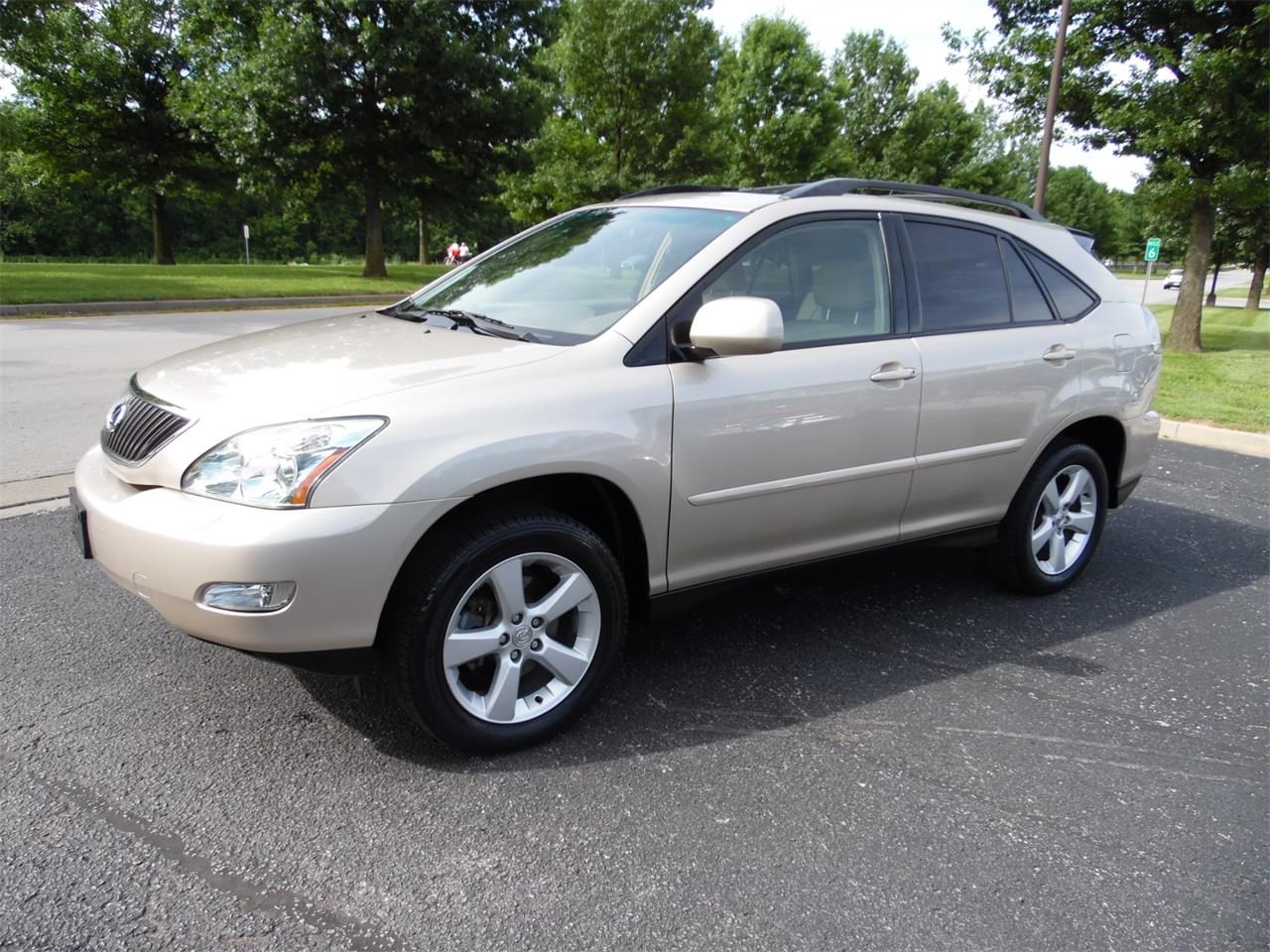 Large Picture of 2005 RX330 Offered by Central Kentucky Classic Cars LLC  - QC3R