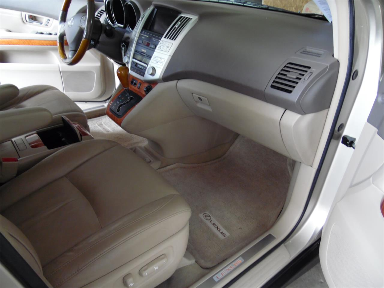 Large Picture of 2005 Lexus RX330 - $9,990.00 Offered by Central Kentucky Classic Cars LLC  - QC3R