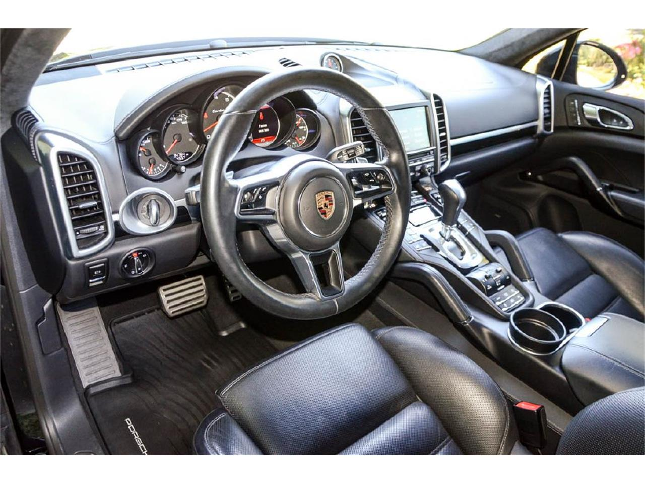 Large Picture of '16 Cayenne - QC3T