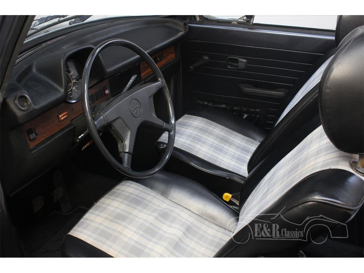 Large Picture of '74 Beetle - QC3W