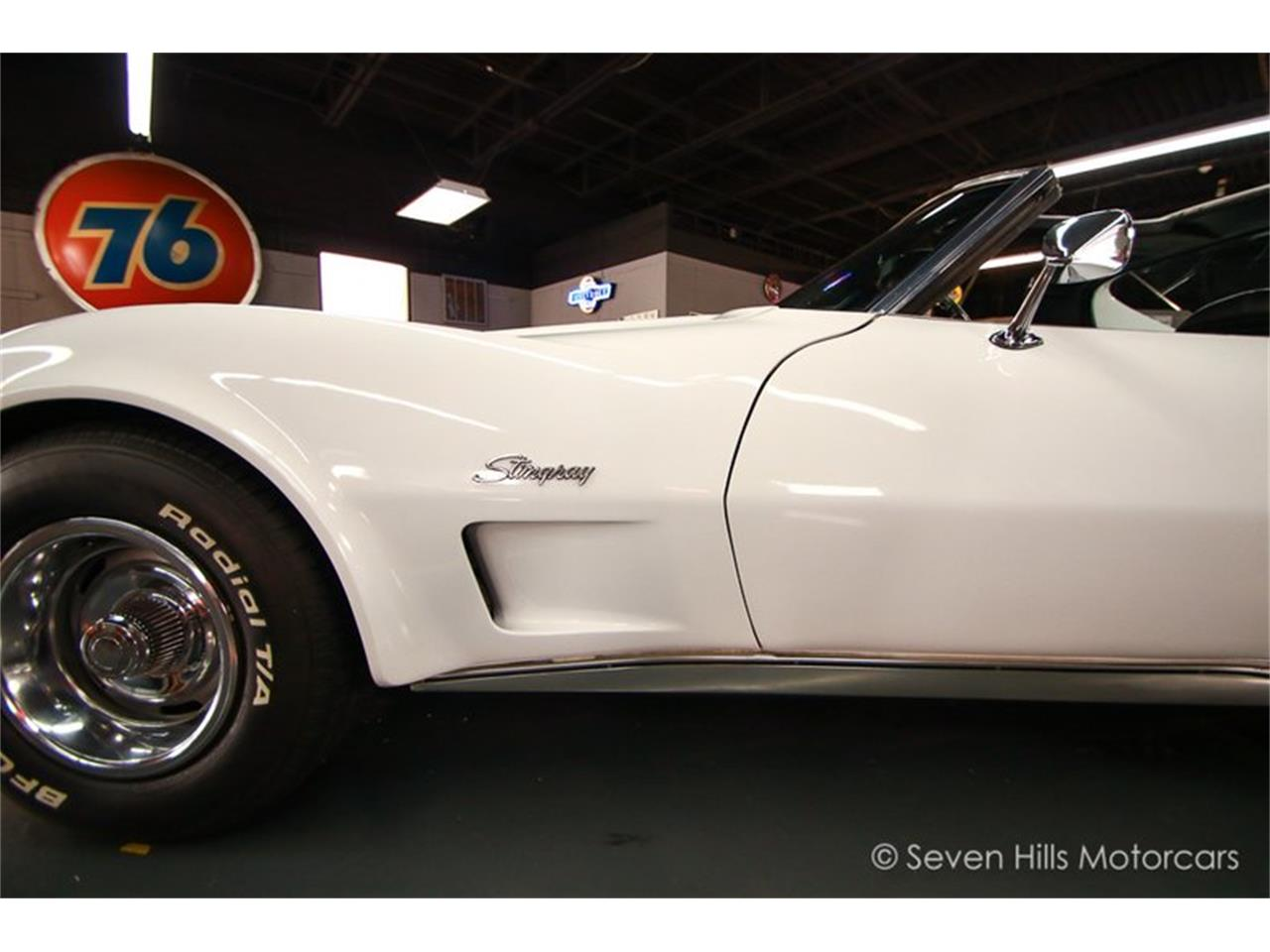Large Picture of '73 Corvette - Q619