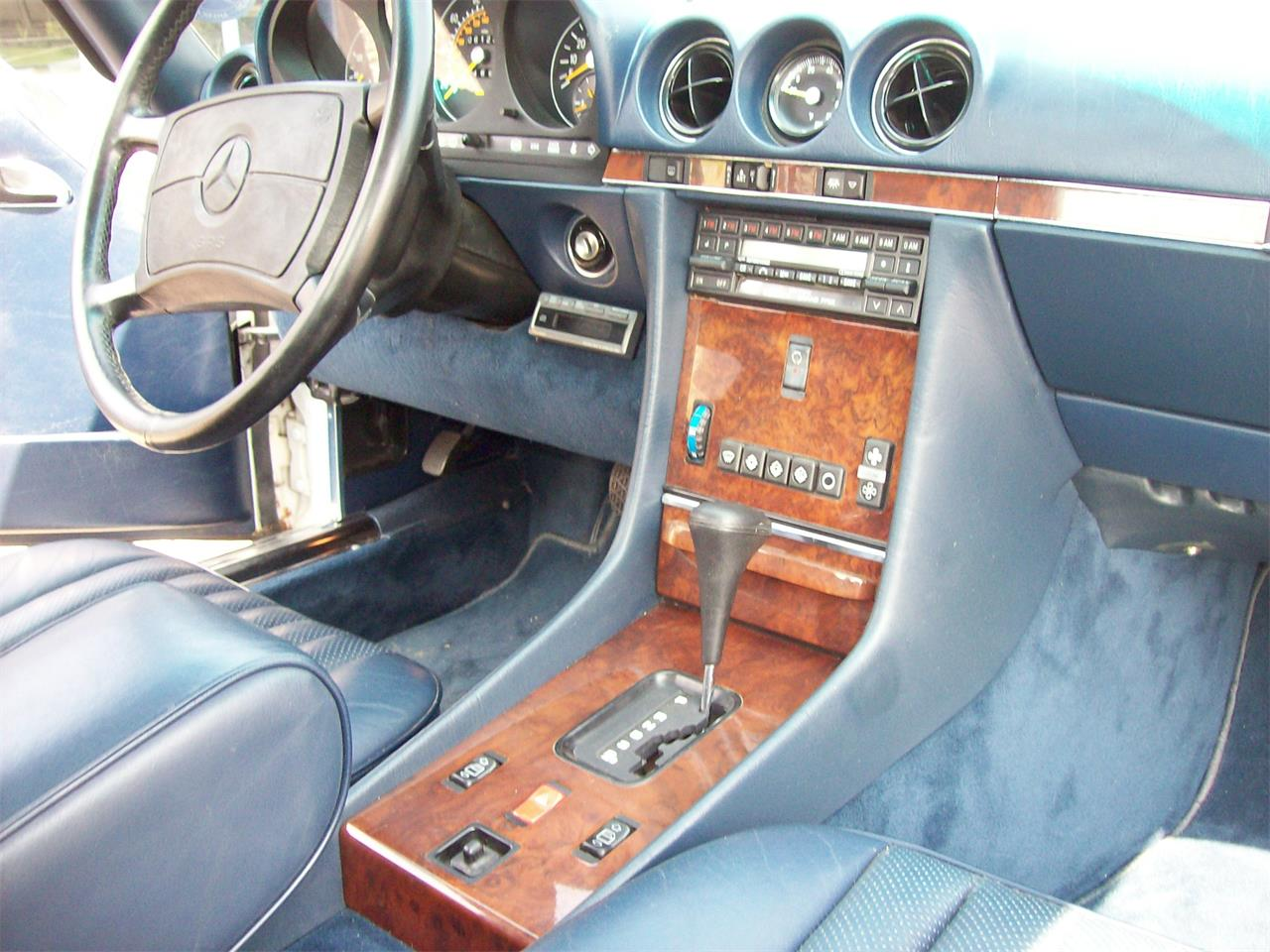 Large Picture of 1988 Mercedes-Benz 560SL located in medina Ohio Offered by Historical Motors - QC4P