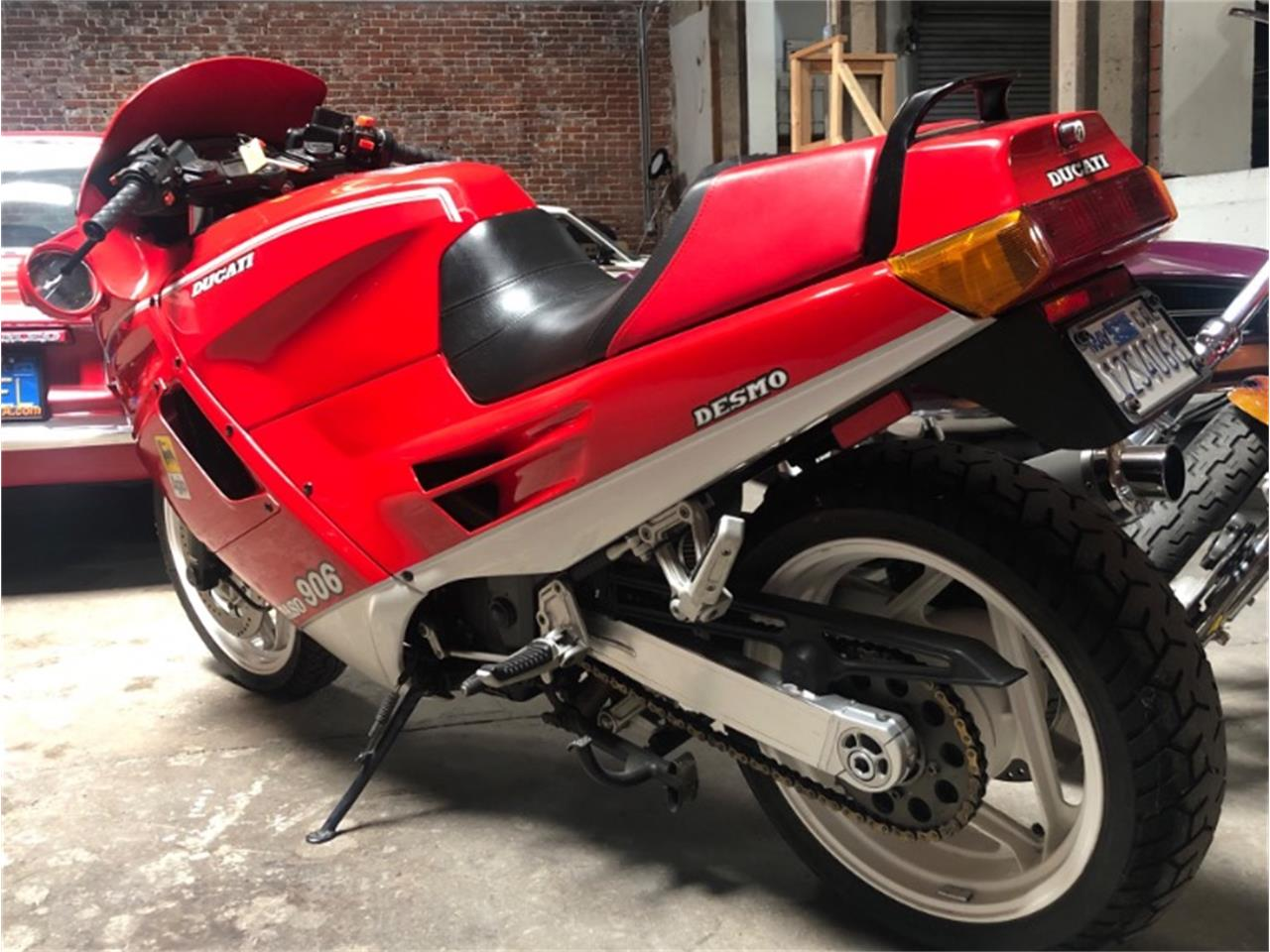 Large Picture of '90 Motorcycle - Q5FC