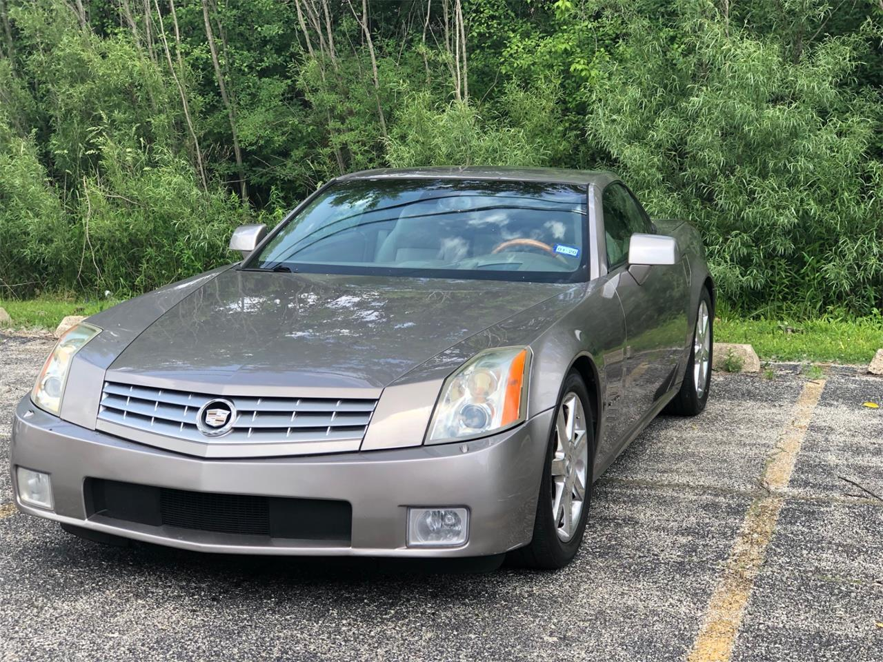 Large Picture of 2004 Cadillac XLR located in Illinois - $15,995.00 - QC99