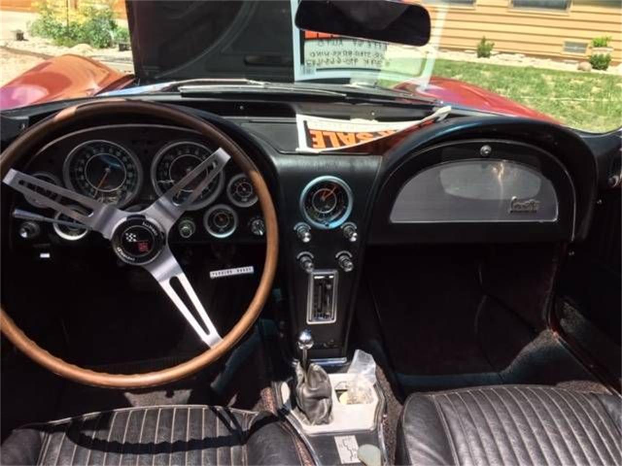 Large Picture of '64 Corvette - QCAU