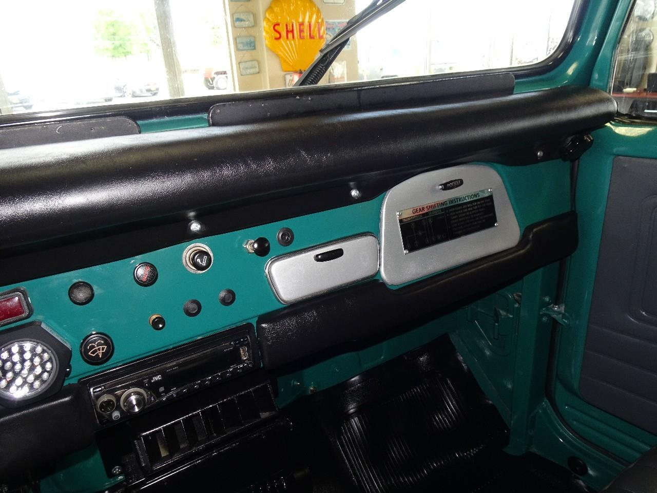 Large Picture of '78 Toyota Land Cruiser FJ40 Offered by Thiel Motor Sales Inc. - QCAV