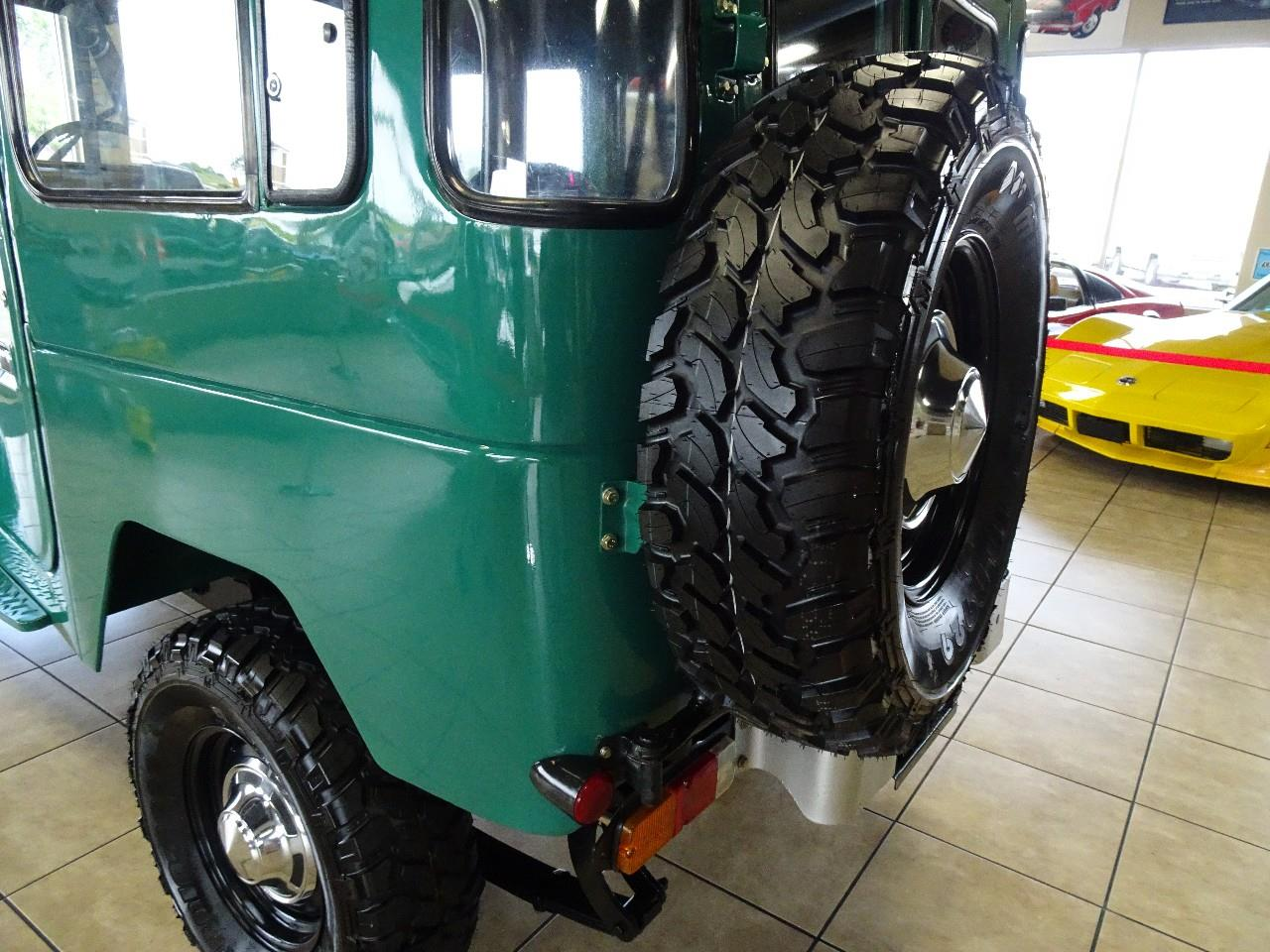 Large Picture of '78 Toyota Land Cruiser FJ40 located in Iowa - QCAV