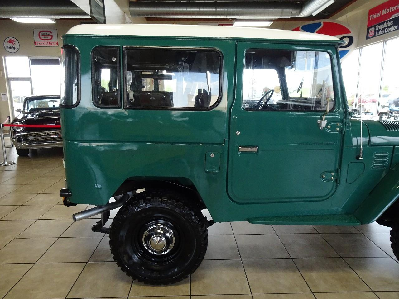 Large Picture of 1978 Toyota Land Cruiser FJ40 - $29,997.00 Offered by Thiel Motor Sales Inc. - QCAV