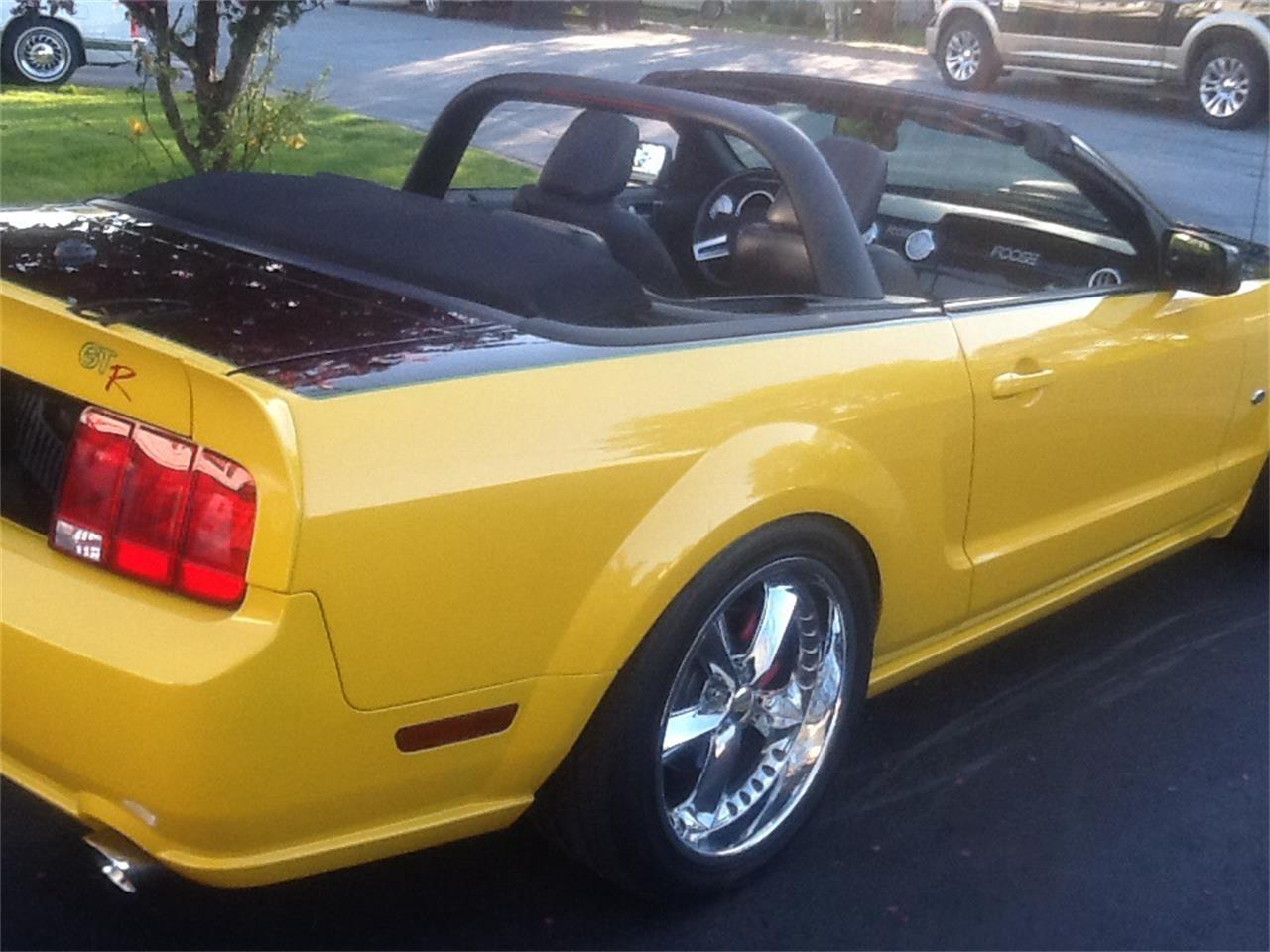 Large Picture of '07 Ford Mustang GT located in Halifax Nova Scotia - $40,000.00 Offered by a Private Seller - QCB1